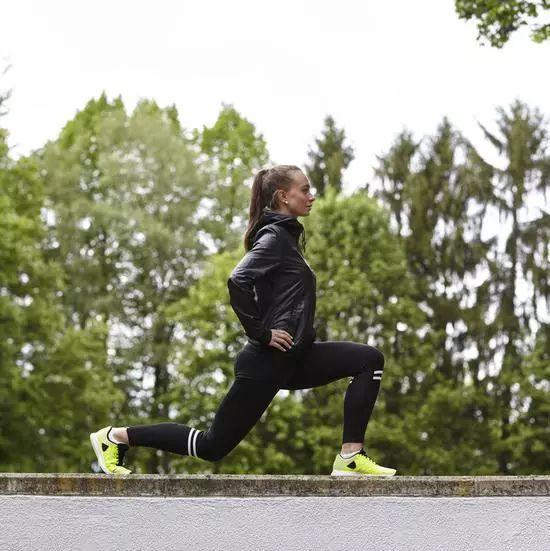 维生素D能增强跑者骨骼,但千万别摄入过量