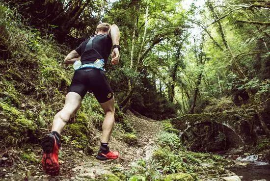 降低越野跑危险性,跑前跑中得做好这9点
