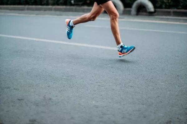 @跑者,加入跑团竟然有这些逆天福利!